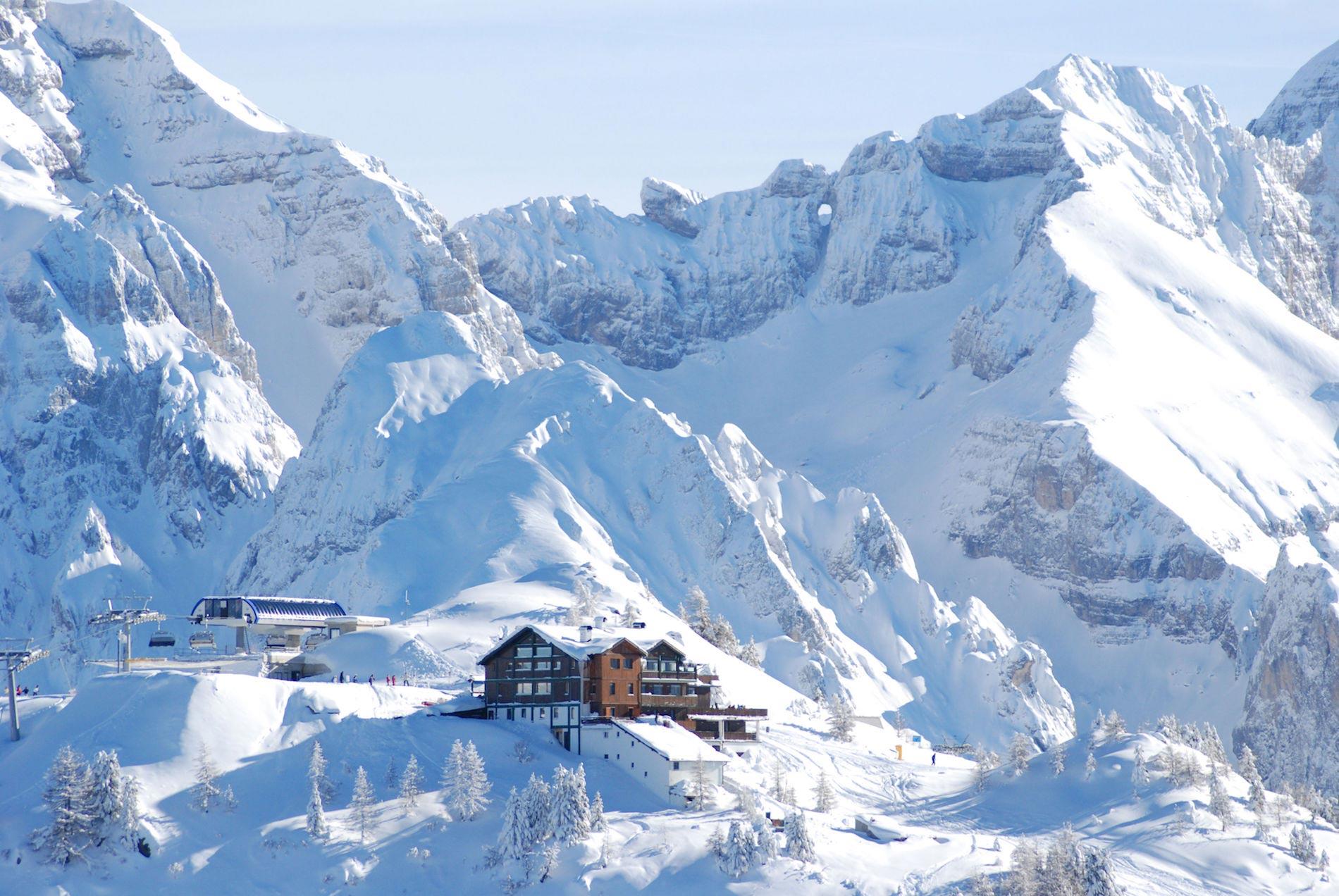 sciare-nelle-dolomiti-di-brenta